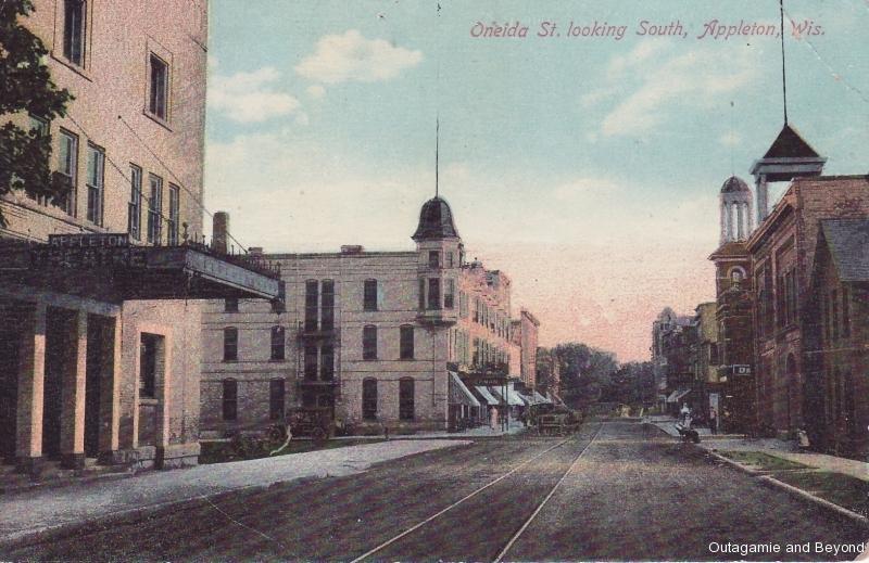 ca. 1909 ~ Oneida St. looking South, Appleton, Wis.